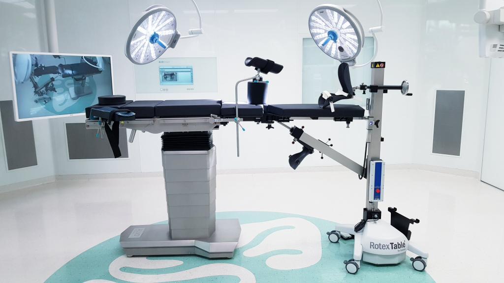 Przystawka do endoprotezoplastyki biodra z dostępu przedniego DAA